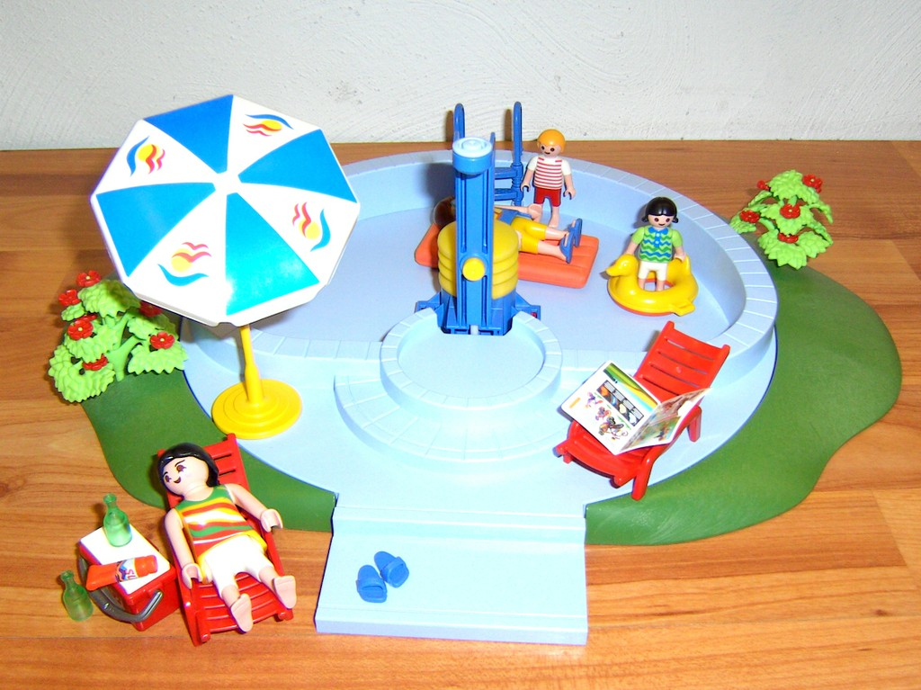 Playmobil 3205 swimmingpool vos for Piscine playmobil 3205