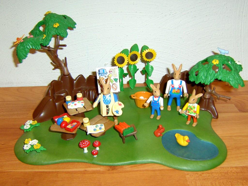 Playmobil 4450 osterhasenwerkstatt mit baum teich ebay for Steine teich