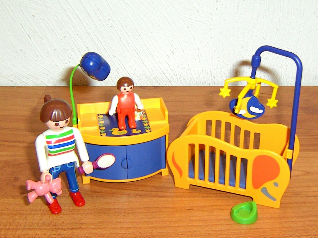 playmobil 3207 babyzimmer mit wiege und wickeltisch ebay. Black Bedroom Furniture Sets. Home Design Ideas