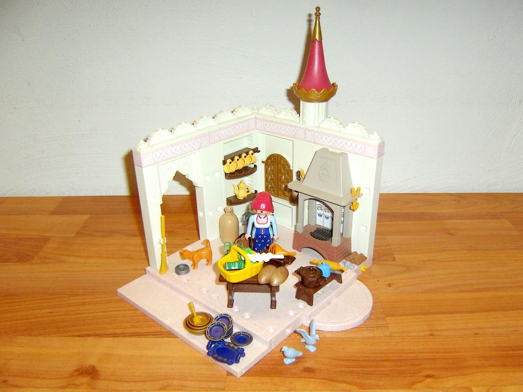 Was In Dieser Romantischen Küche Wohl So Alles Leckeres Gekocht Wird?