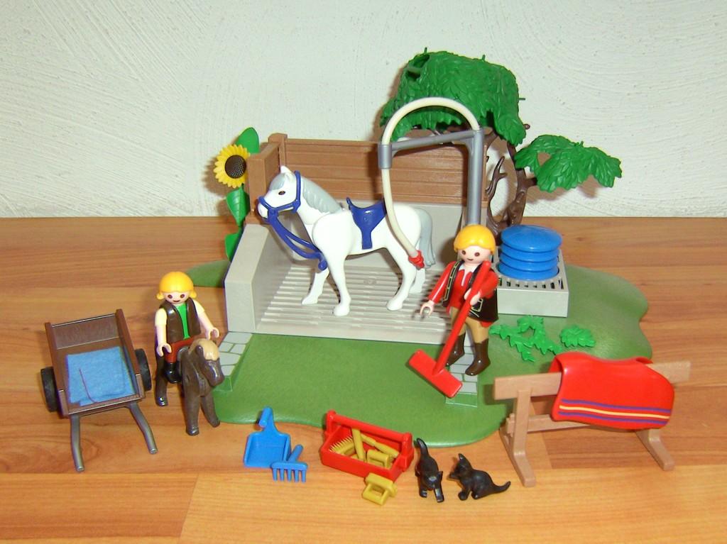 Playmobil reiterhof ponyhof - Pferde playmobil ...